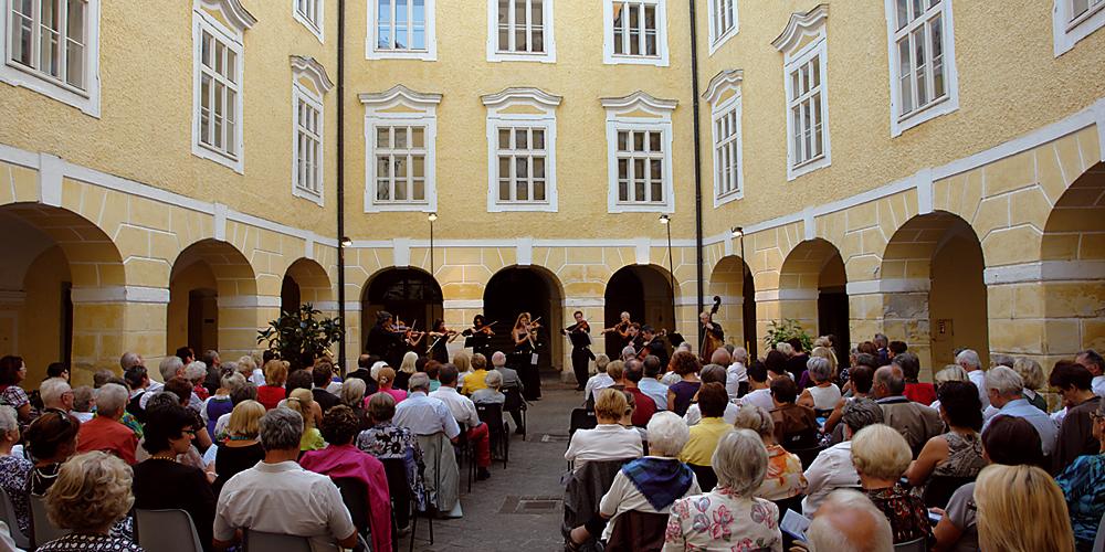 Arkadenhof Kloster Puchheim
