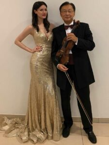 Sopranistin Laura Olivia Spengel und Lui Chan